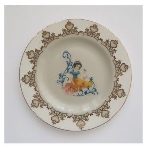 Snow White 6 Inch Plate