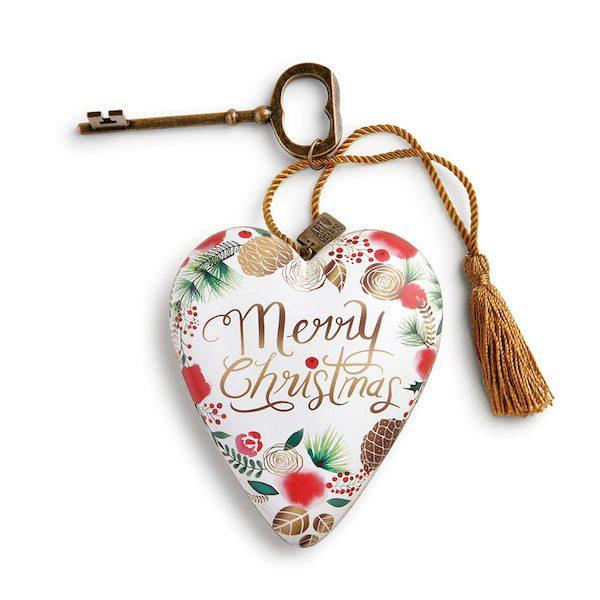 Art Hearts Merry Christmas Wreath